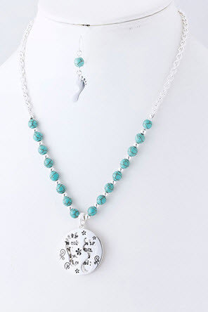 Footprint Quote Necklace and Earring Set