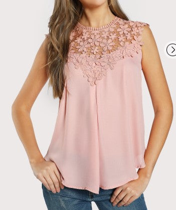 Southern Girls - Pink Daisy Lace Top L