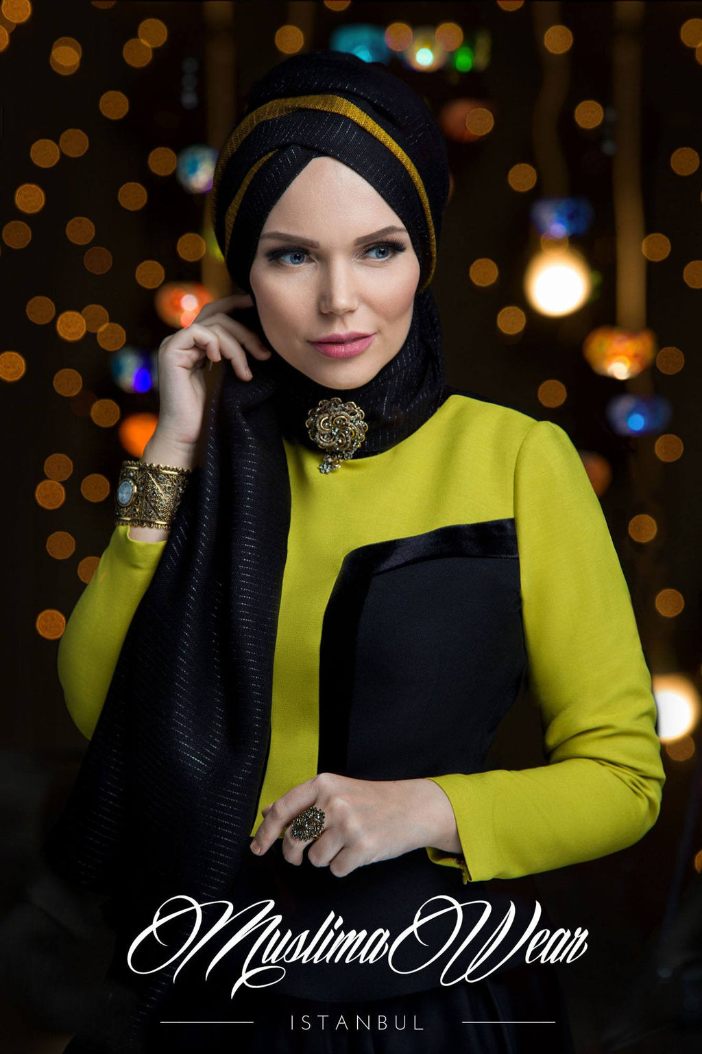 Queen Hijab Black Diamond