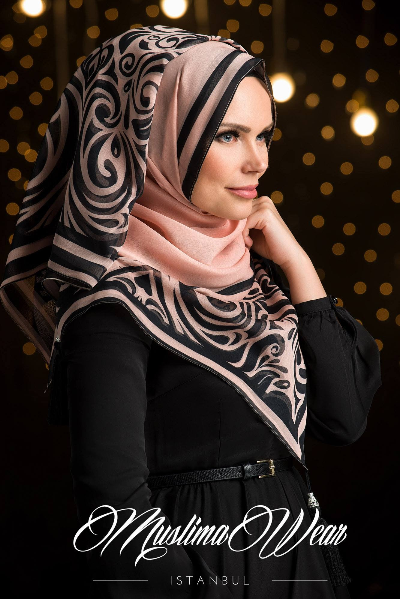Sultan Hijab Poudre with Black - Muslima Wear