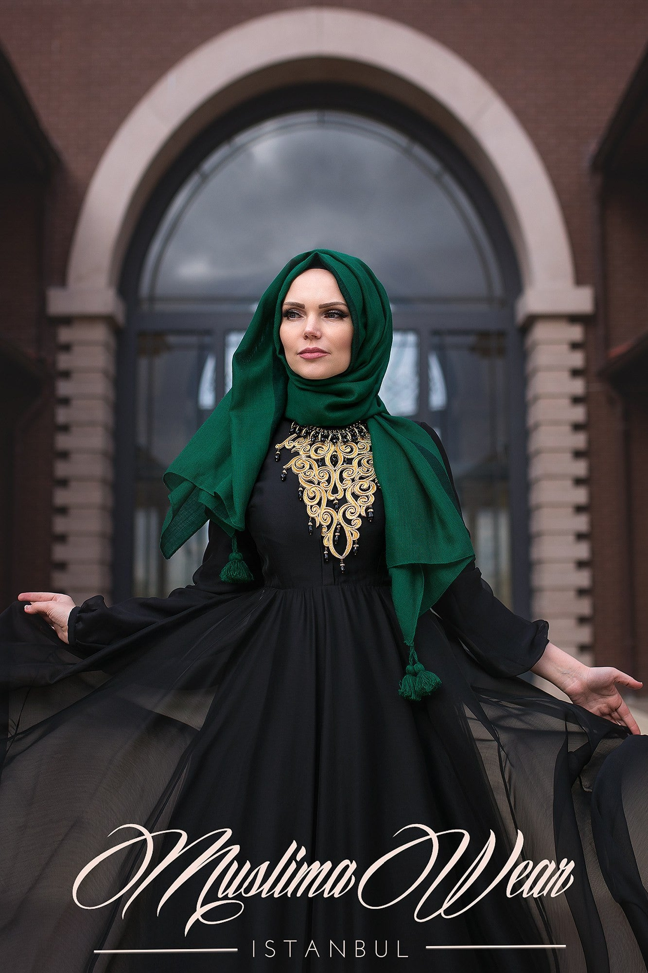 Queen Hijab Emerald Green - Muslima Wear 3