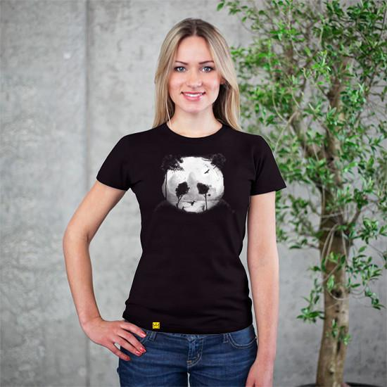 Artokingo - Crouching Panda Hidden Somewhere Black T-Shirt by Rejagalu