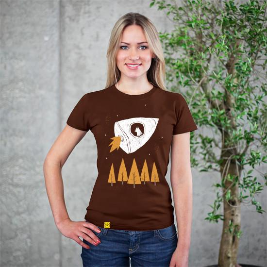 Artokingo - Laika Brown T-Shirt by Louis Roskosch