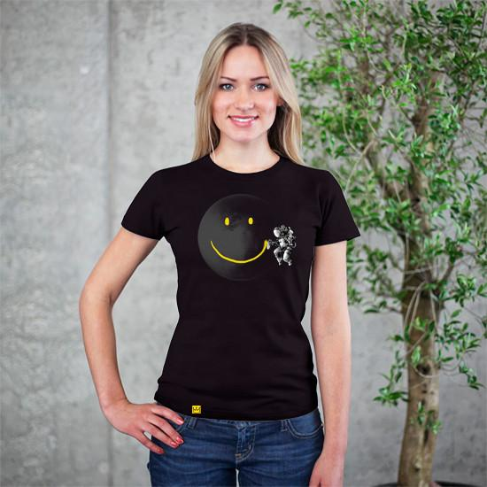 Artokingo - Make A Smile Black T-Shirt by Carbine