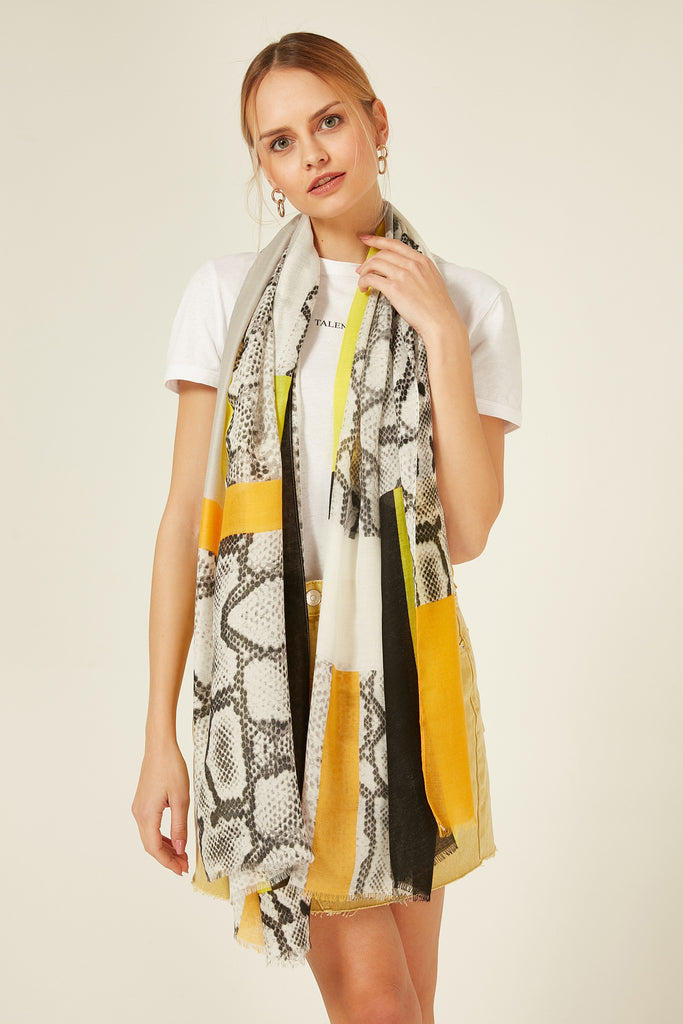 11723 Snake Skin Patterned Yellow Shawl
