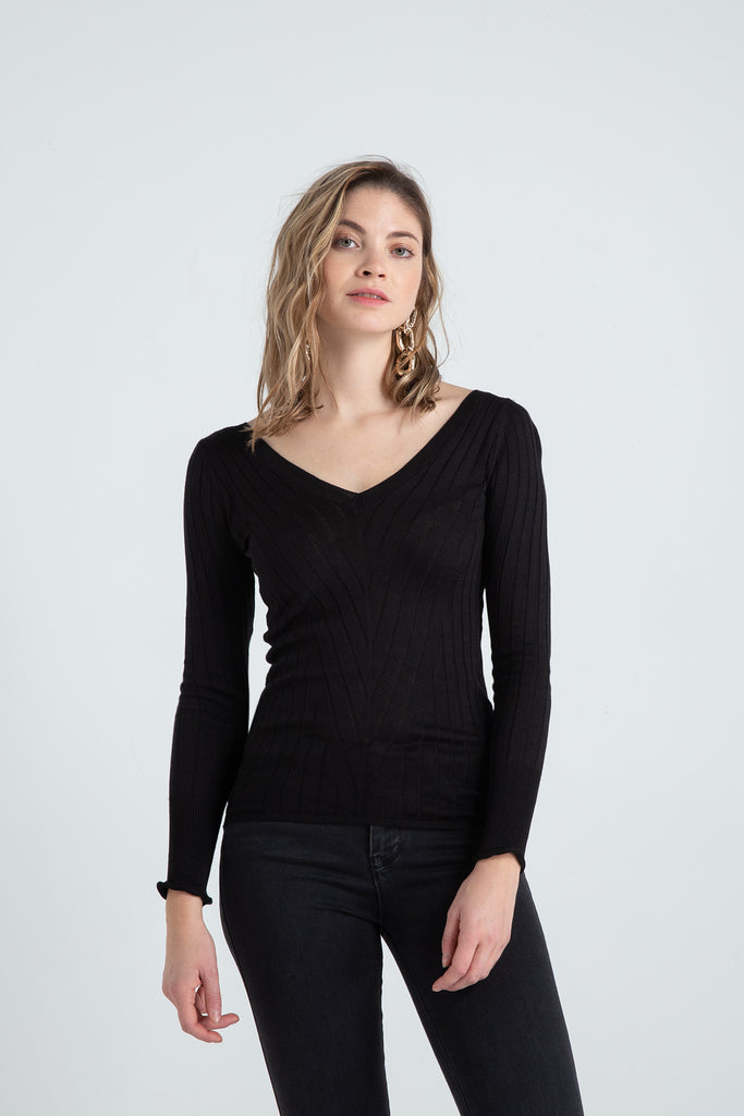 Front and Back V Neck Long Sleeve Tricot