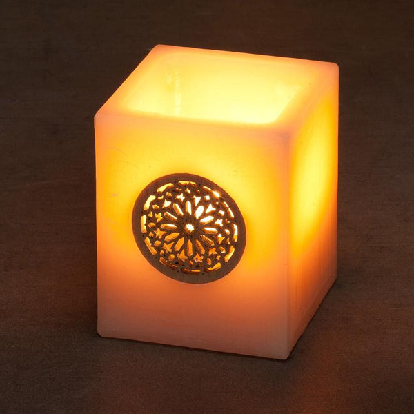 Ivory with Tealight