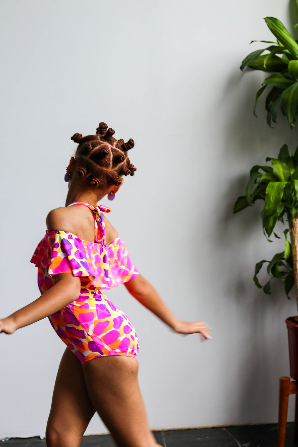 Little Bright Giraffe Off The Shoulder Ruffle Swimsuit