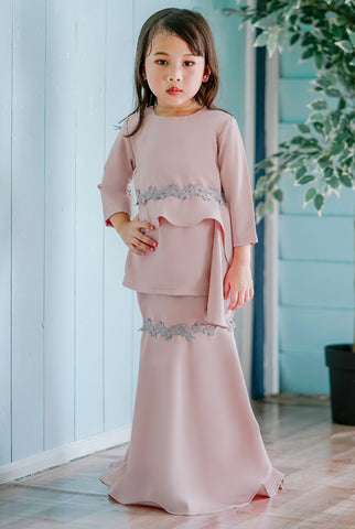 Orlin Kurung (Dusty Pink)
