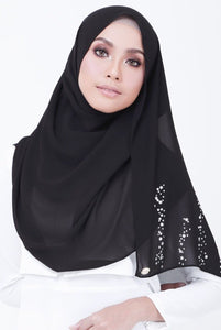Avida Shawl by Radiusite - Black