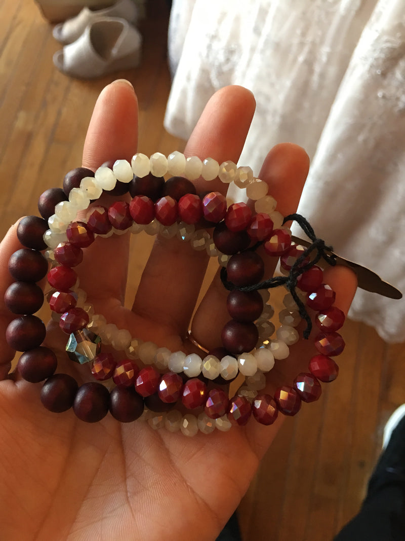 Burgundy lovers bracelet set