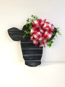 Cow Head Door Hanger - Black Faux Pallet