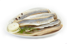 Load image into Gallery viewer, Fisn 'Baltik' salted Herring Fillets in Oil 670g bucket
