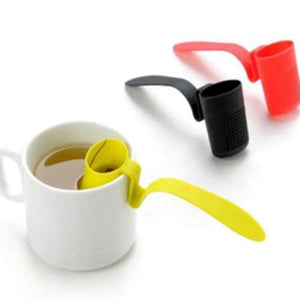 Clip-On Plastic Tea Strainer