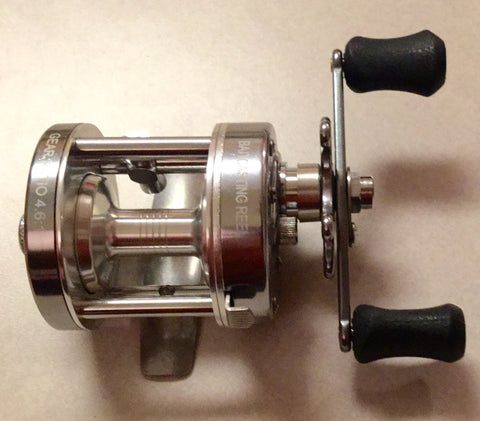 Ming Yang CL25W GunSmoke Baitcast Fishing Reel -Wide Spool - All Brass Gears - Righthanded