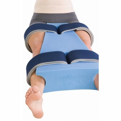 Hip Abduction Pillow DonJoy Medium Hook and Loop Strap Closure Left or Right Hip - 1 Each by DonJoy Designed for use following hip surgery when immobilization or post-operative positioning is requiredSoft contact closure foam laminate straps help keep positioner in place and provide easy adjustment