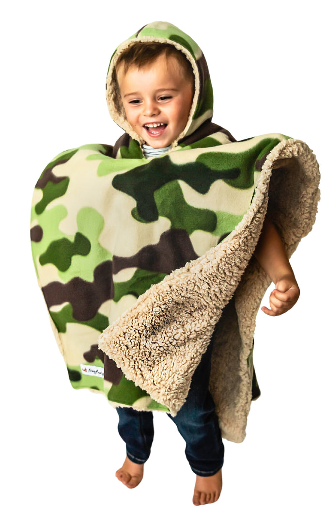 Car Seat Poncho - Car Crash Tested and CPSC Compliant - Camo Teddy Reversible WITH Pocket