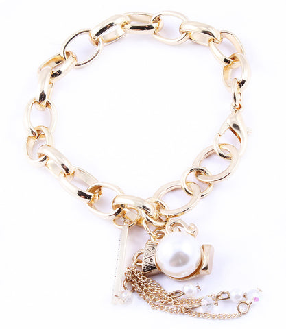 Zodiac Pearl Necklace - Aquarius