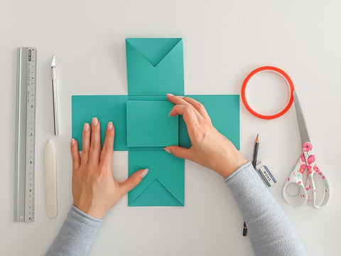 DIY explosion boxes: Explosion box with a wall - Explosion box with one-sided wall