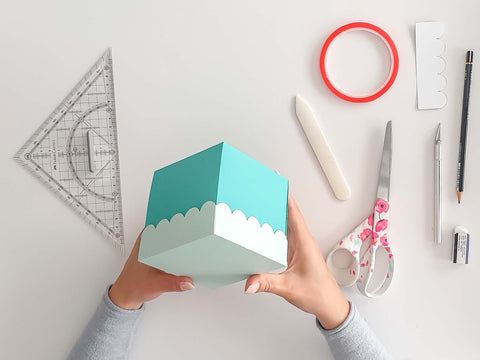 Making Explosion Boxes Yourself: The Well Cap of an Explosion Box - DIY explosion boxes: The curled lid of an explosion box