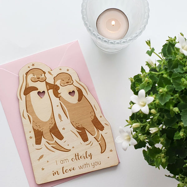 Suzu Papers - Wooden Card Otter - Otterly in Love