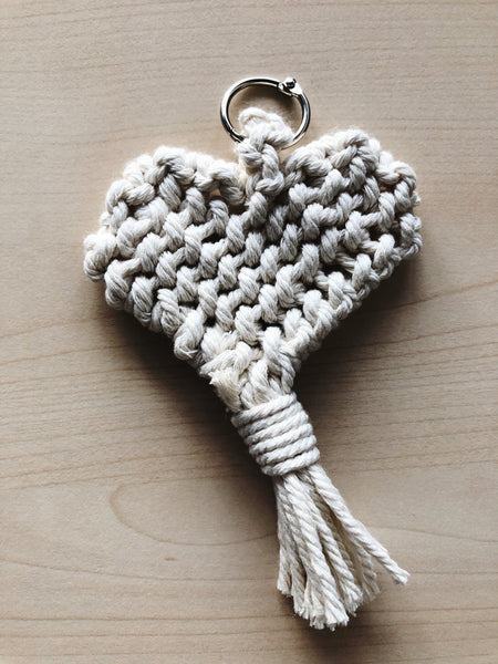 Suzu Papers - Macrame personal gift heart to make yourself
