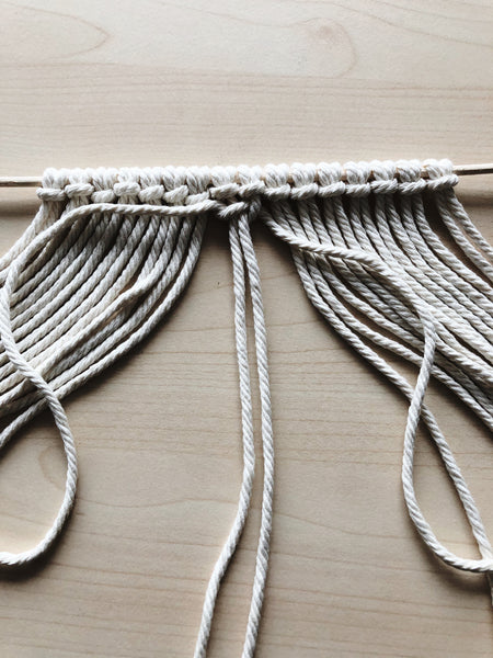 Suzu Papers - Macrame coasters DIY easy to make yourself