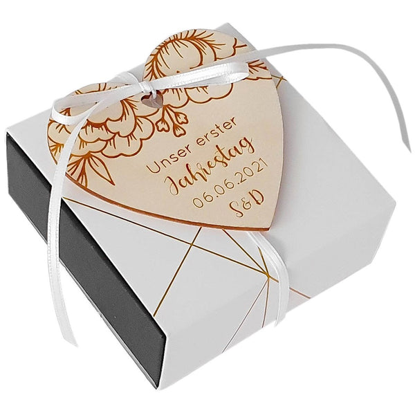 Customizable wooden heart ANNIVERSARY - Suzu Papers