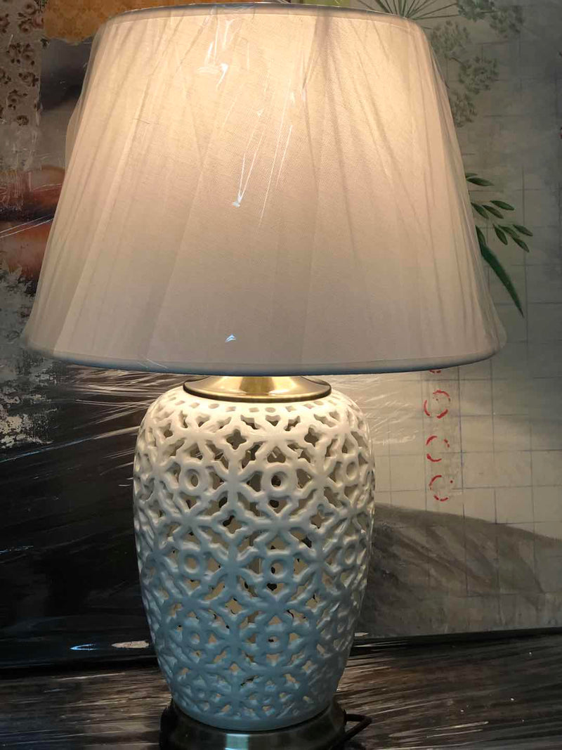 Porcelain lamp 01
