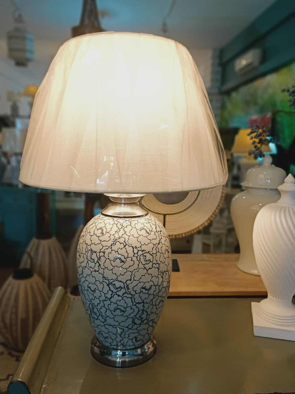 Porcelain Lamp 0230