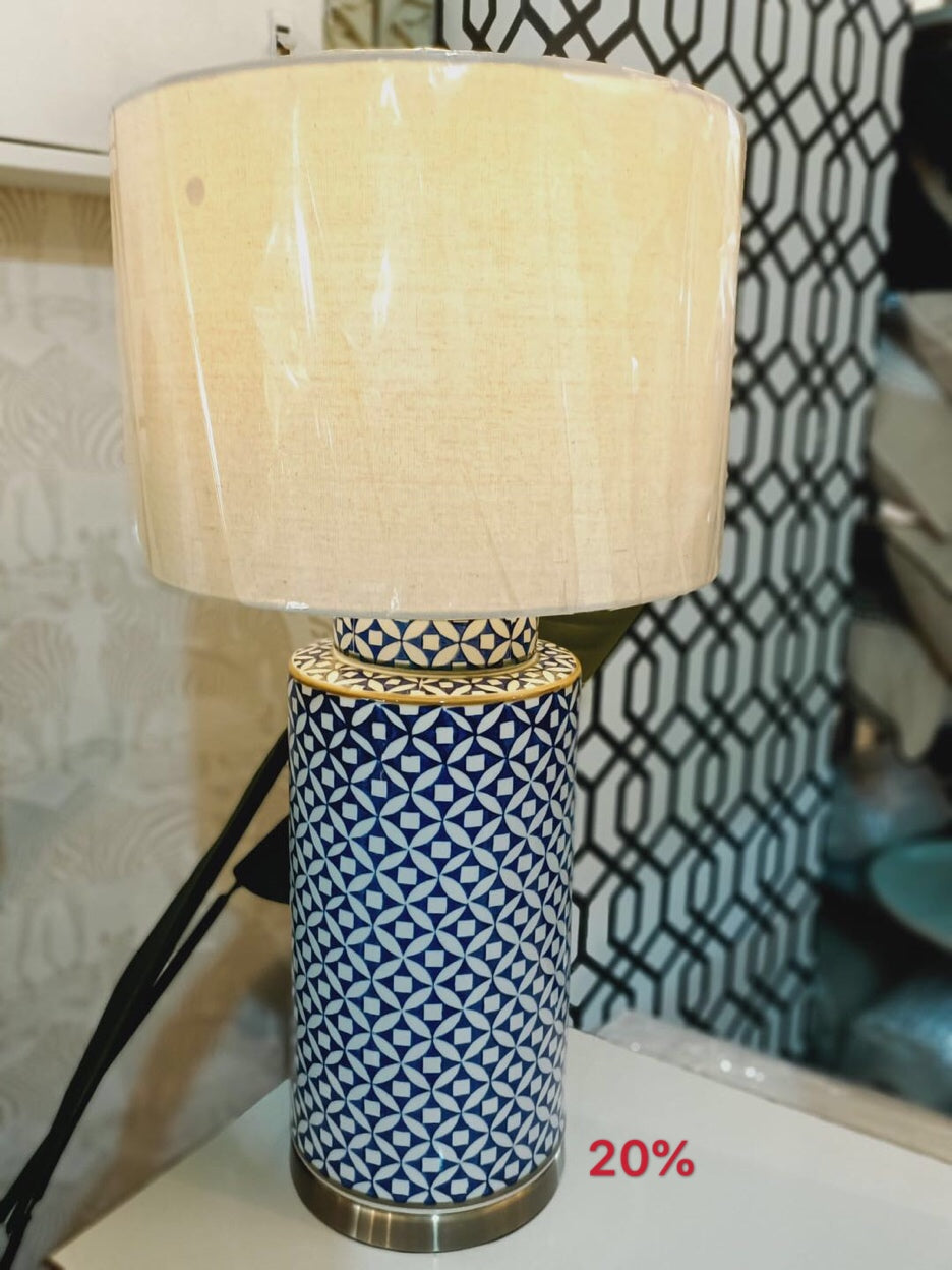 Porcelain Lamp 0232
