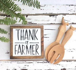 Mini Wooden Signs: Thank A Farmer