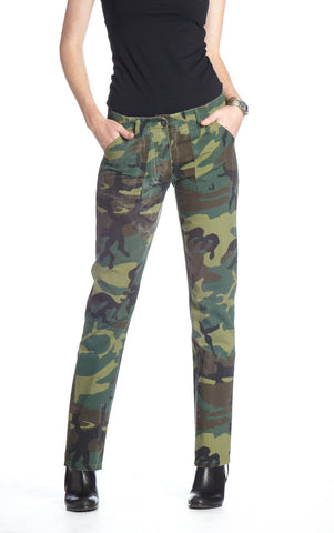 CAMO HOT LIPS PANTS