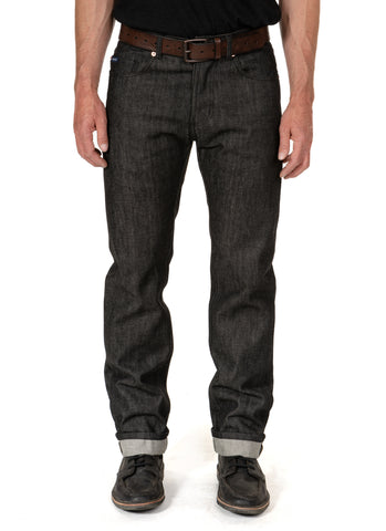 BLACK STRAIGHT SELVAGE JEAN