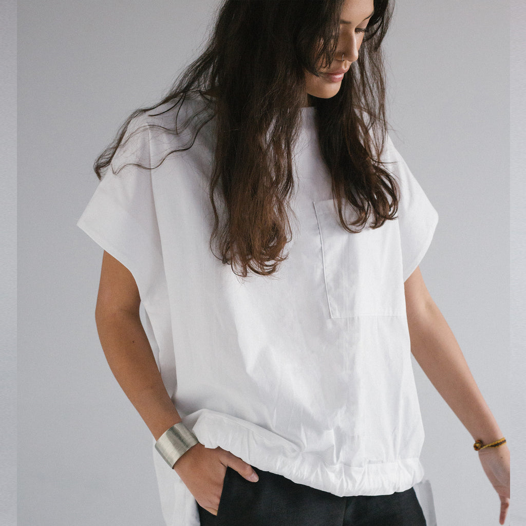 WHITE ORGANIC COTTON TOP WITH FRONT TIE