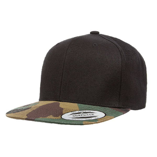 Flexfit 6089. Black Crown/Green Camo Visor. Classic Snapback