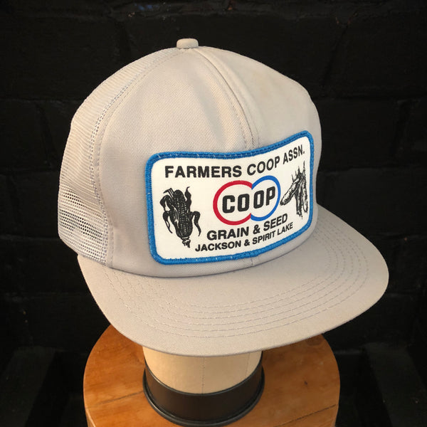 02739c7083ff8 FARMERS CO-OP ASSN. Vintage K-Products Snapback – Megadeluxe