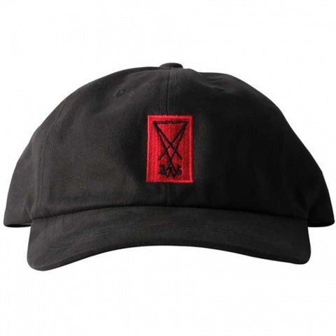 WELCOME SYMBOL UNSTRUCTURED 6-PANEL SLIDER CAP BLACK/RED