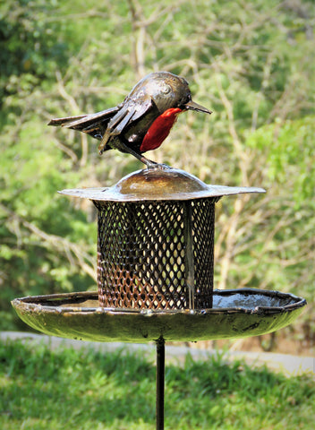 Birdbaths & Bird Feeders