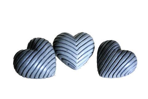 Grey Fluted Hearts 5cm (12 per display box - min 12)