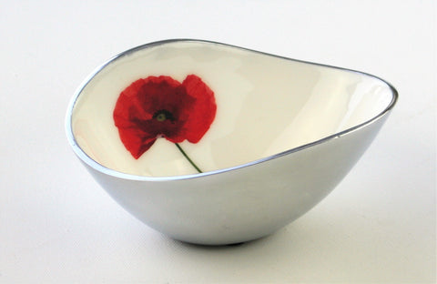 Poppy Oval Bowl Small (min 4)