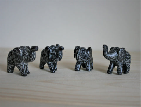 Mini Champagne Grey Sagana Elephants 3 cm (24 display box - min 24)