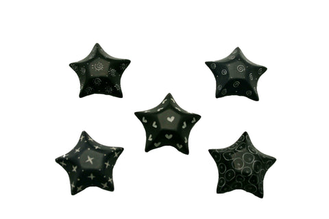 Black Retro Stars 4 cm (24 per display box - min 24)