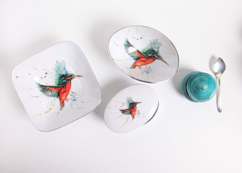 Kingfisher Oval Bowl Small (min 4) (New Product in Stock April 2019)