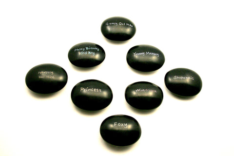 Black Cheeky Pebbles 6 cm (12 per display box - min 12)