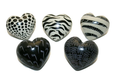 Black & White Mercury Hearts 5 cm (24 per display box - min 24)