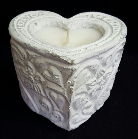 White Heart Rose Scented Candle (min 4) 11cm **NEW PRODUCT FOR 2017**