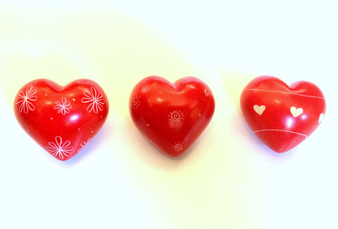 Red Pattern Hearts 4 cm (24 per display box - min  24)