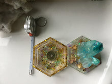 Load image into Gallery viewer, Teal/Gold Crystal Box