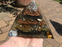 "Load image into Gallery viewer, 4"" Orgonite Pyramid- Metatron"